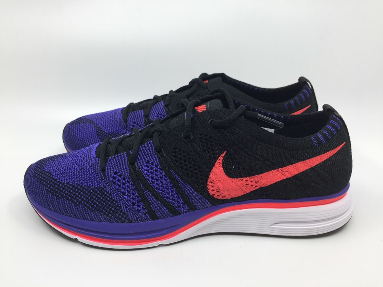 finest selection 7a836 ebc94 Nike Flyknit Trainer AH8396 003 Herren Sneaker schwarz violet Running weiß