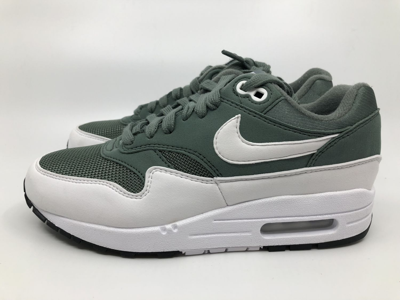 Details zu Nike wmns Air Max 1 Damen Sneaker grün weiß 319986 303