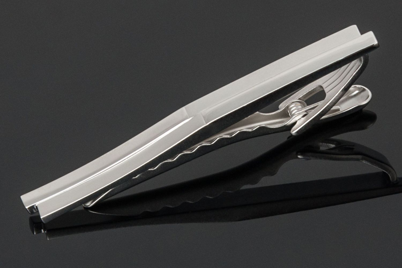 im Etui, Krawattenklammer LINDENMANN 73121 Silberfarben // Onyx // Perlmutt
