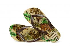 8bf255628c78 Havaianas - made in the beginning for the poors in Rio de Janeiro these  sandales started a worldwide Hype.