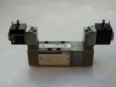 Bosch 0820 027 002 Pneumatik Magnetventil mit Magnetspule 1824210223 ...