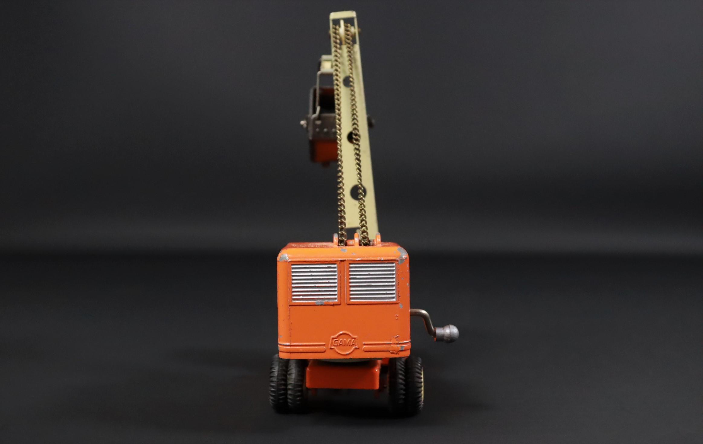 Gama / Kranwagen / LKW / orange / Modellauto #U2 4