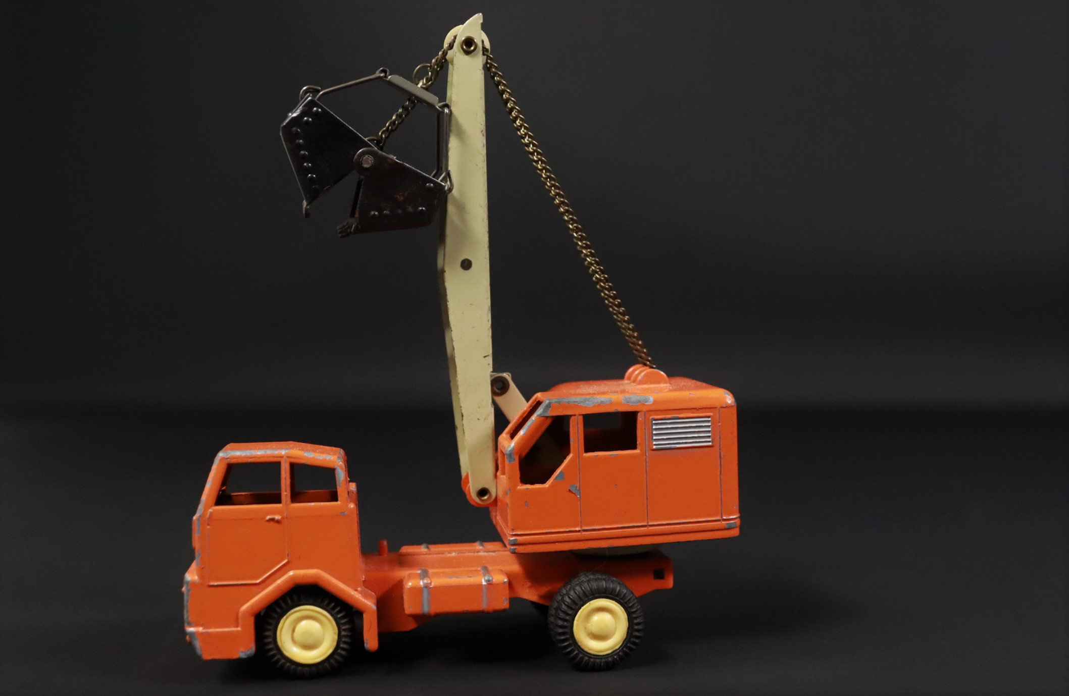 Gama / Kranwagen / LKW / orange / Modellauto #U2 3
