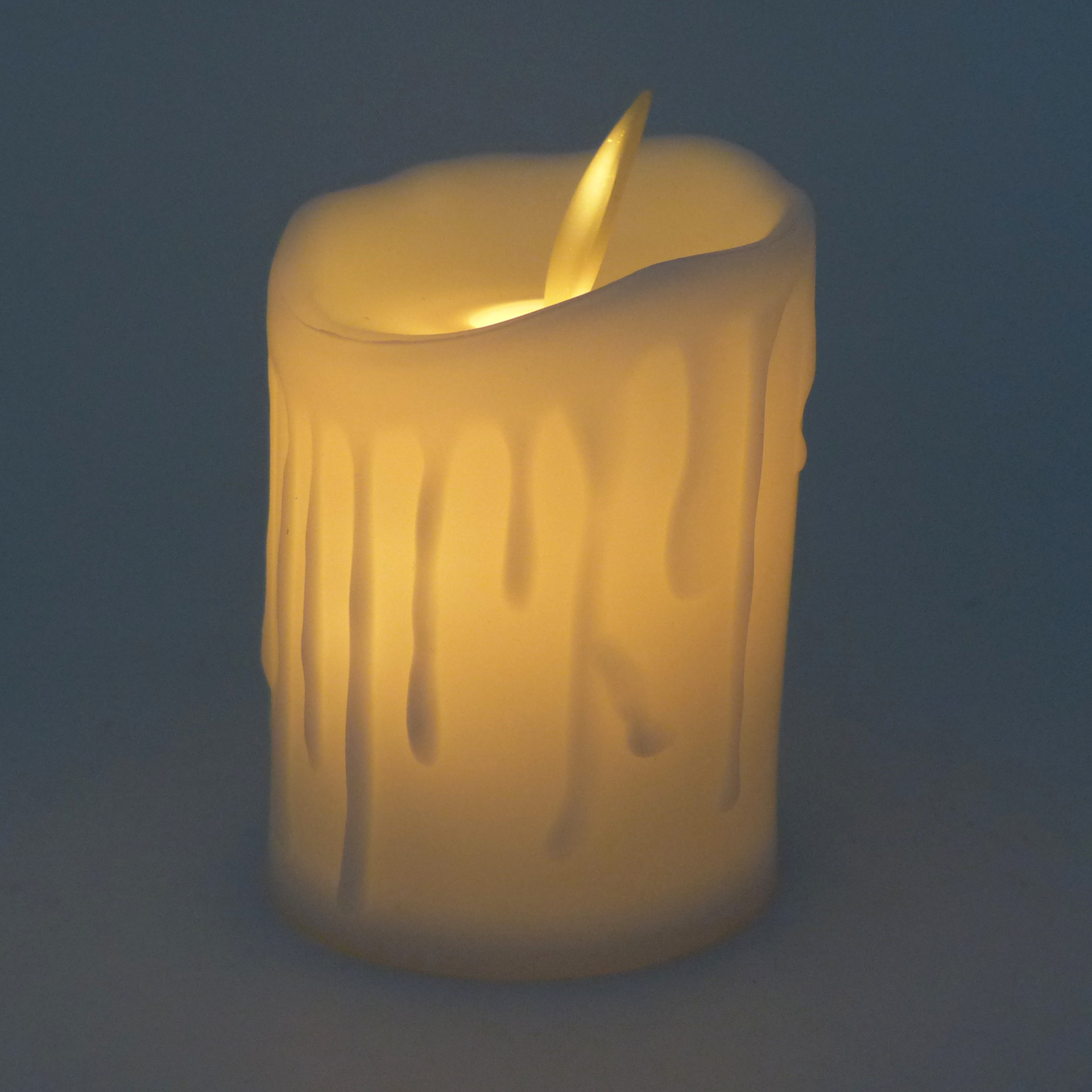Starlet24-LED-Teelicht-taeuschend-echt-Kerzenlicht-Kerze-Weihnachten-Restaurant