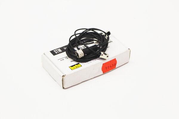 1-60mm Detection STM RL50-1 Reflective Beam Sensor IR 800nm Light Source