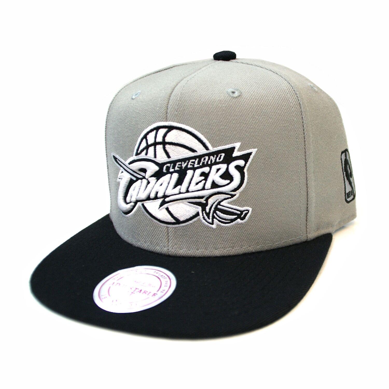 065a35ad879de Mitchell   Ness Clevelands Cavaliers Gris Noir Blanc Mono Logo ...