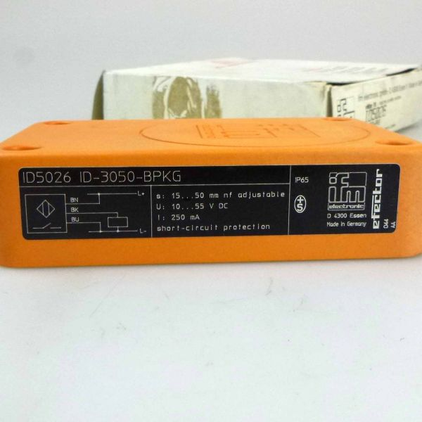 ifm electronic Induktiver Sensor ID-3050-BPKG ID5026 OVP