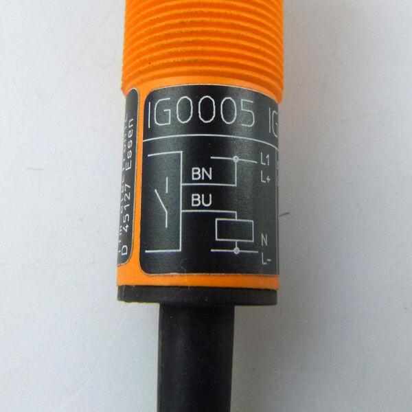 ifm efector induktiver Näherungsschalter IN-2002 RAB0W OVP