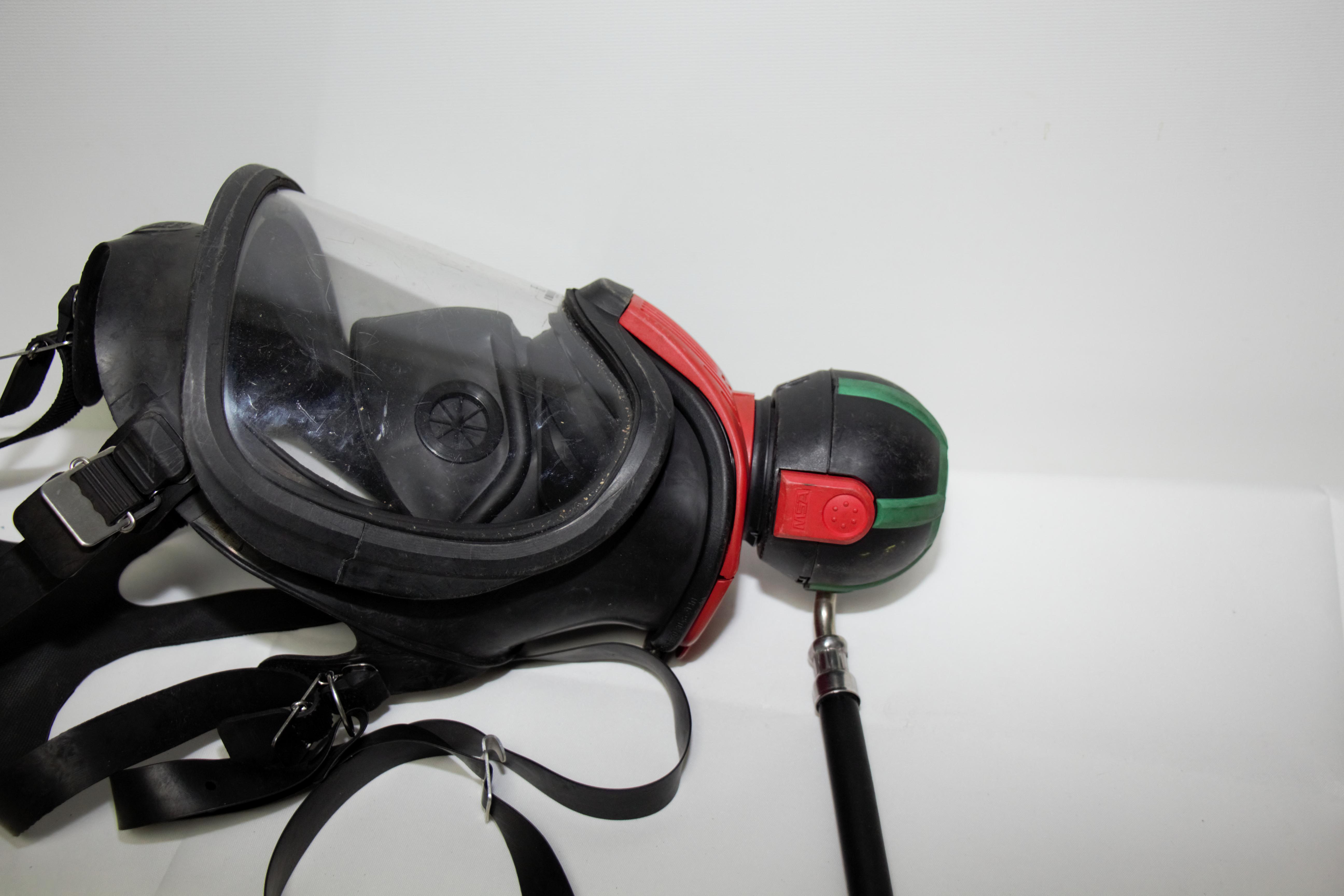 Auer-MSA-Ultra-Elite-Atemschutzmaske-Schutzmaske-Uberdruck-Steckanschluss Indexbild 7