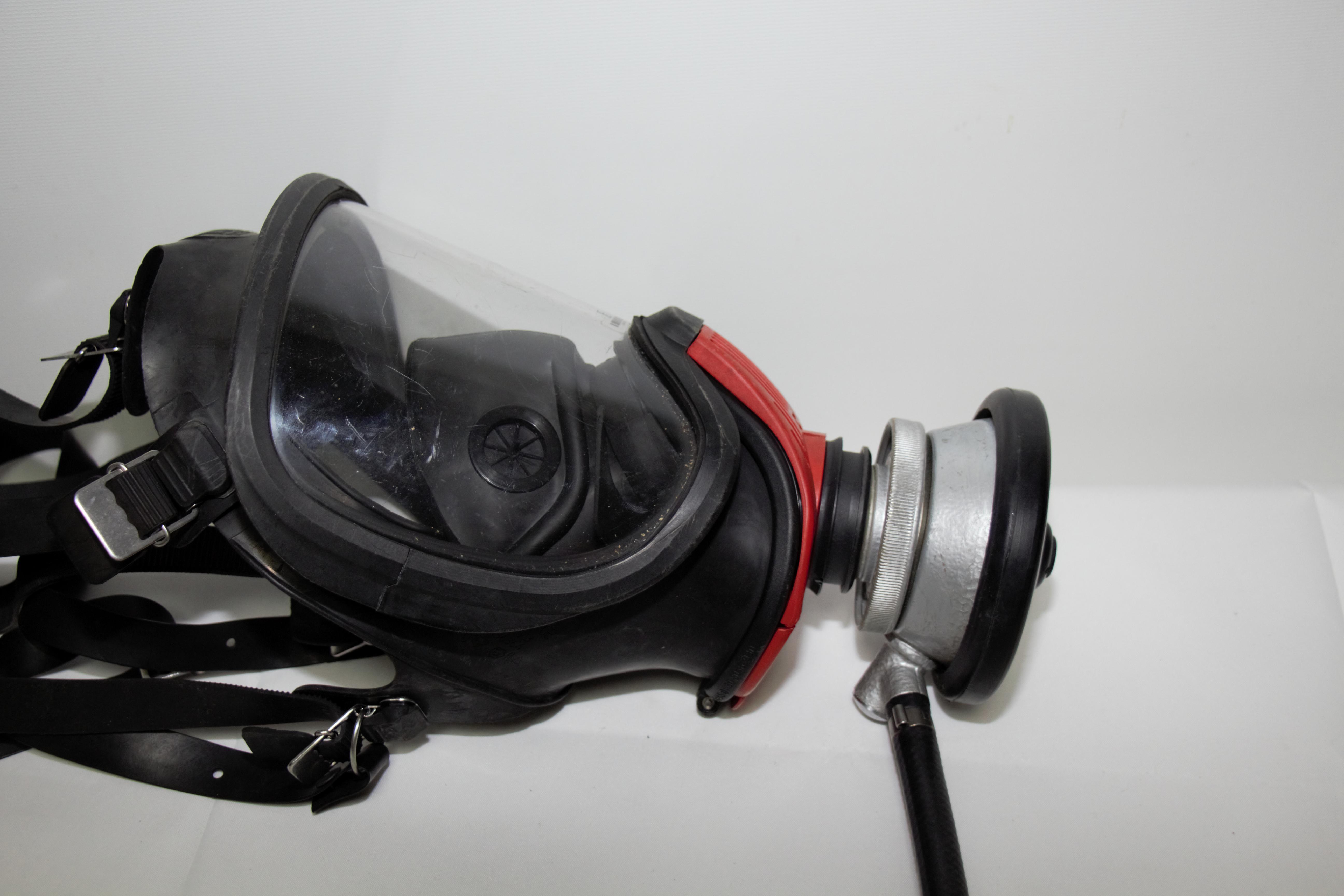 Auer-MSA-Ultra-Elite-Atemschutzmaske-Schutzmaske-Uberdruck-Steckanschluss Indexbild 6