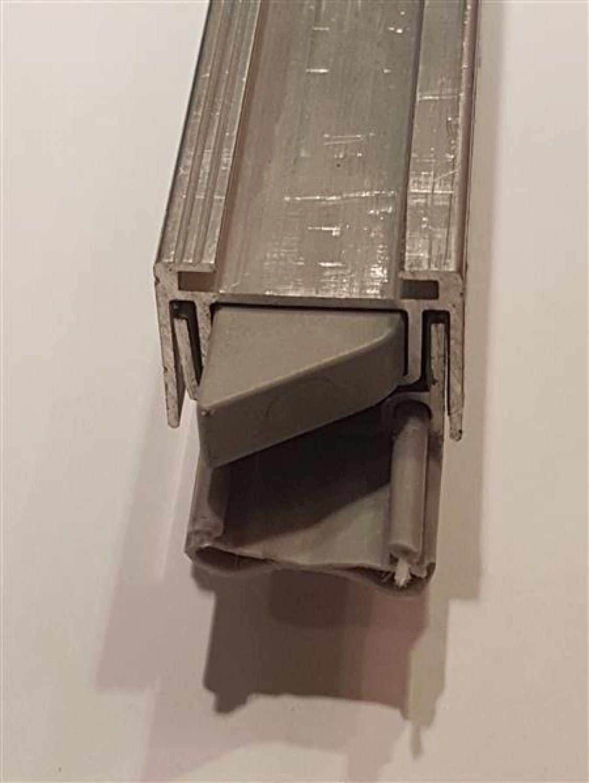 LxB 1268 x 25 mm Absenkbare Bodendichtung