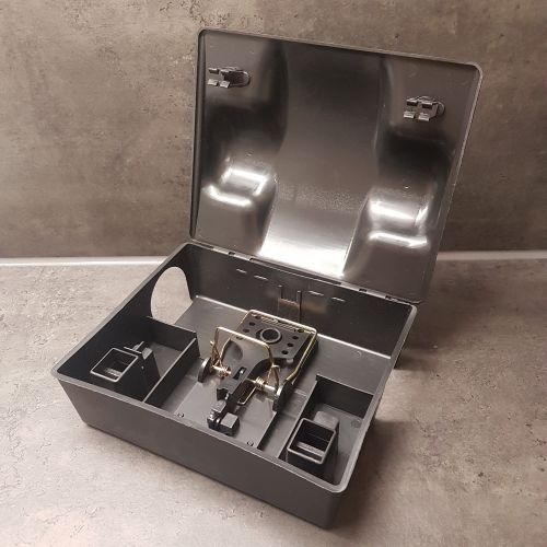 komplettset rattenfalle mit hygienebox profiware wiederverwendbar ratten m use ebay. Black Bedroom Furniture Sets. Home Design Ideas