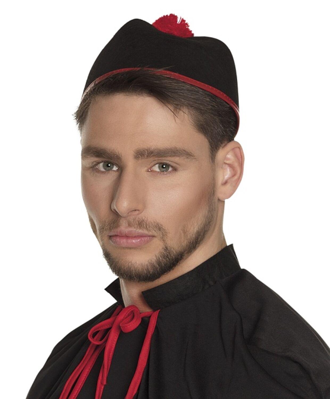 Kopfbedeckung Priester