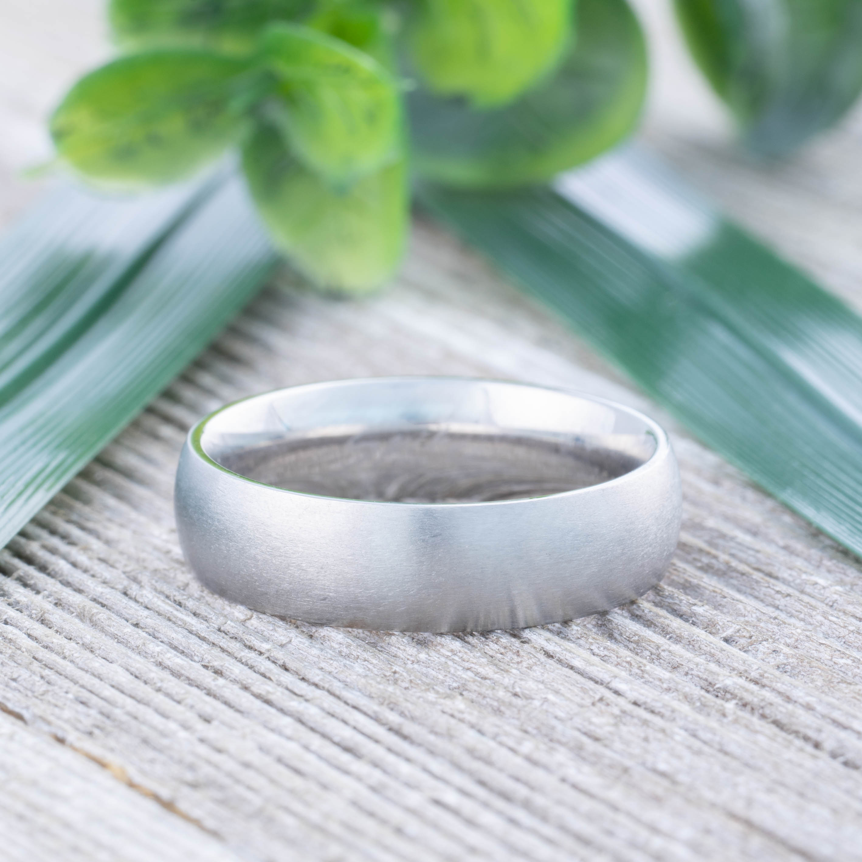 Ring-klassisch-matt-Silber-aus-Edelstahl-Unisex-Damen-Herren-Schwarz-Ringe-Gold Indexbild 235