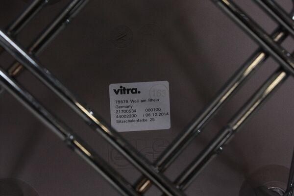 Vitra Charles Eames Stuhl Plastic Side Chair DSR Mauve grau Eifel-Gestell Chrom