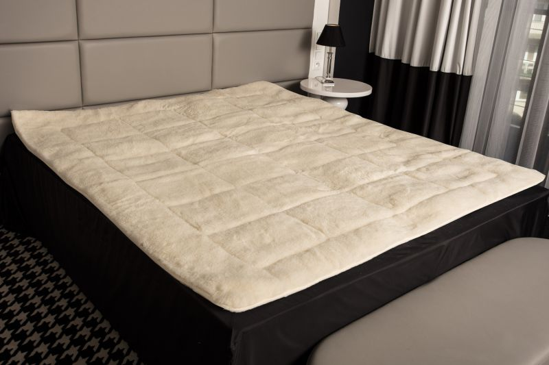 merino schafschurwolle lammflor matratzenauflage topper unterbett bettauflage ebay. Black Bedroom Furniture Sets. Home Design Ideas