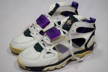 Détails sur Nike Air Huarache Sneaker Trainers Chaussures de tennis vintage 90 s 90er 1992 42,5 US 9 afficher le titre d'origine