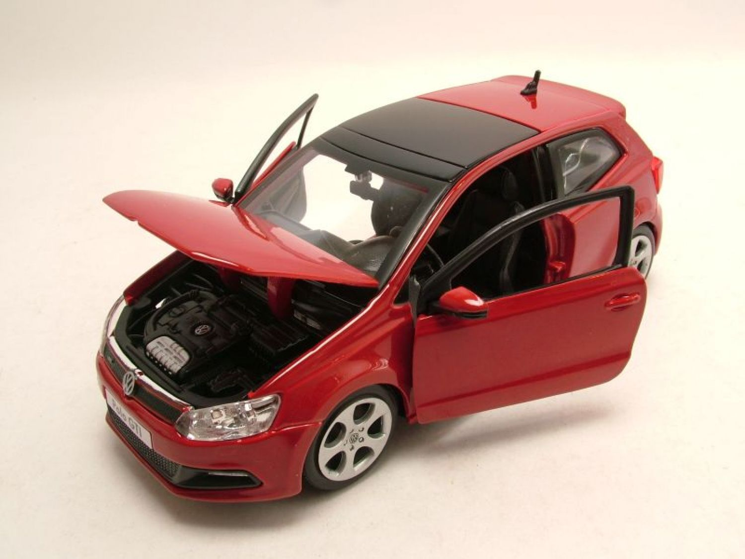 vw polo 5 gti 2014 rot modellauto 1 24 burago ebay. Black Bedroom Furniture Sets. Home Design Ideas