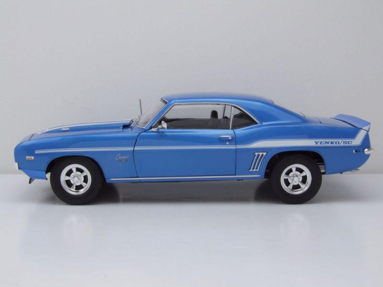 Generation 1970-1981 1//18 greenligh... Chevrolet Camaro z28 Yenko turbo Z azul 2