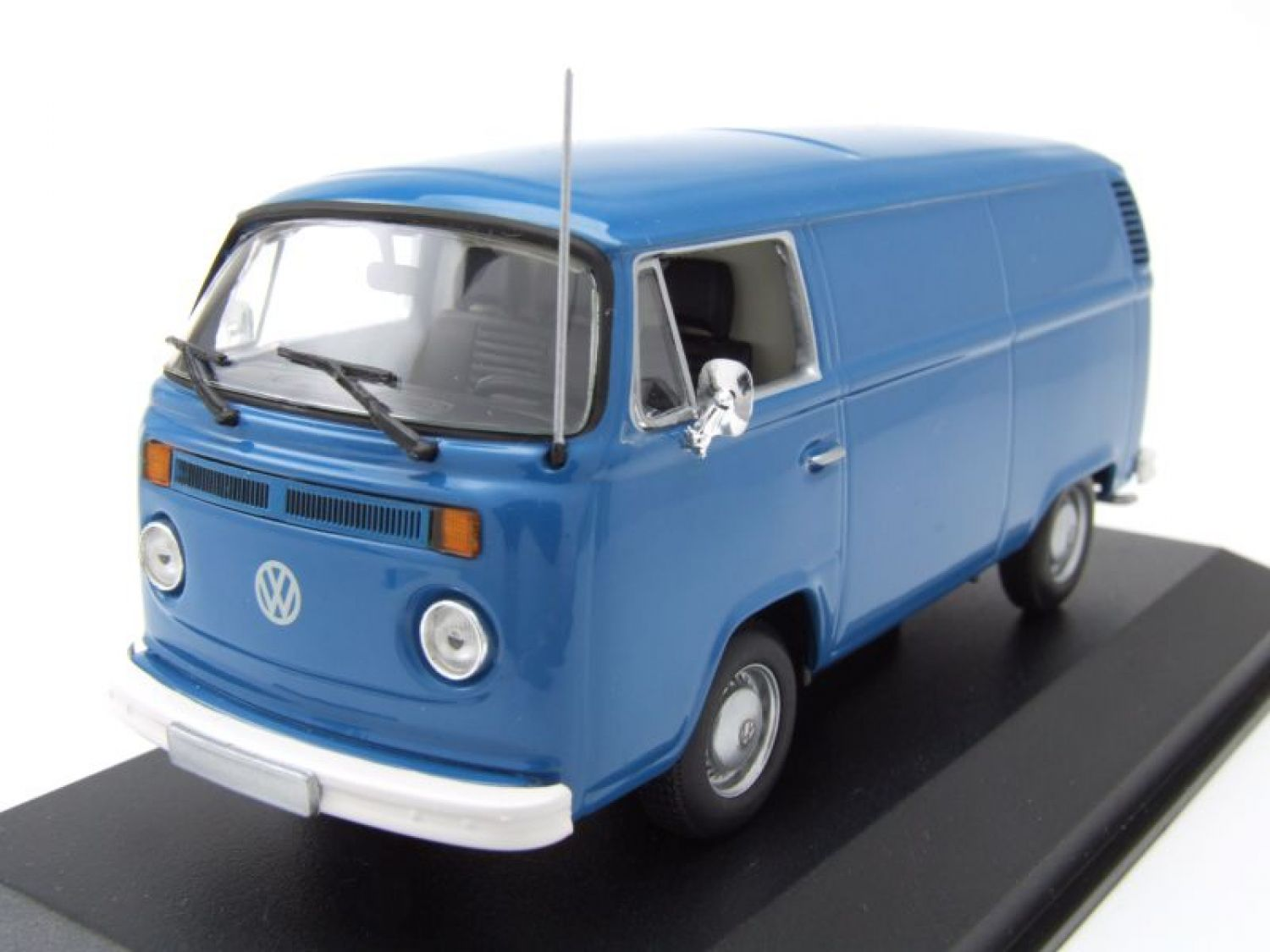 vw t2 b bus kastenwagen 1972 blau modellauto 1 43. Black Bedroom Furniture Sets. Home Design Ideas