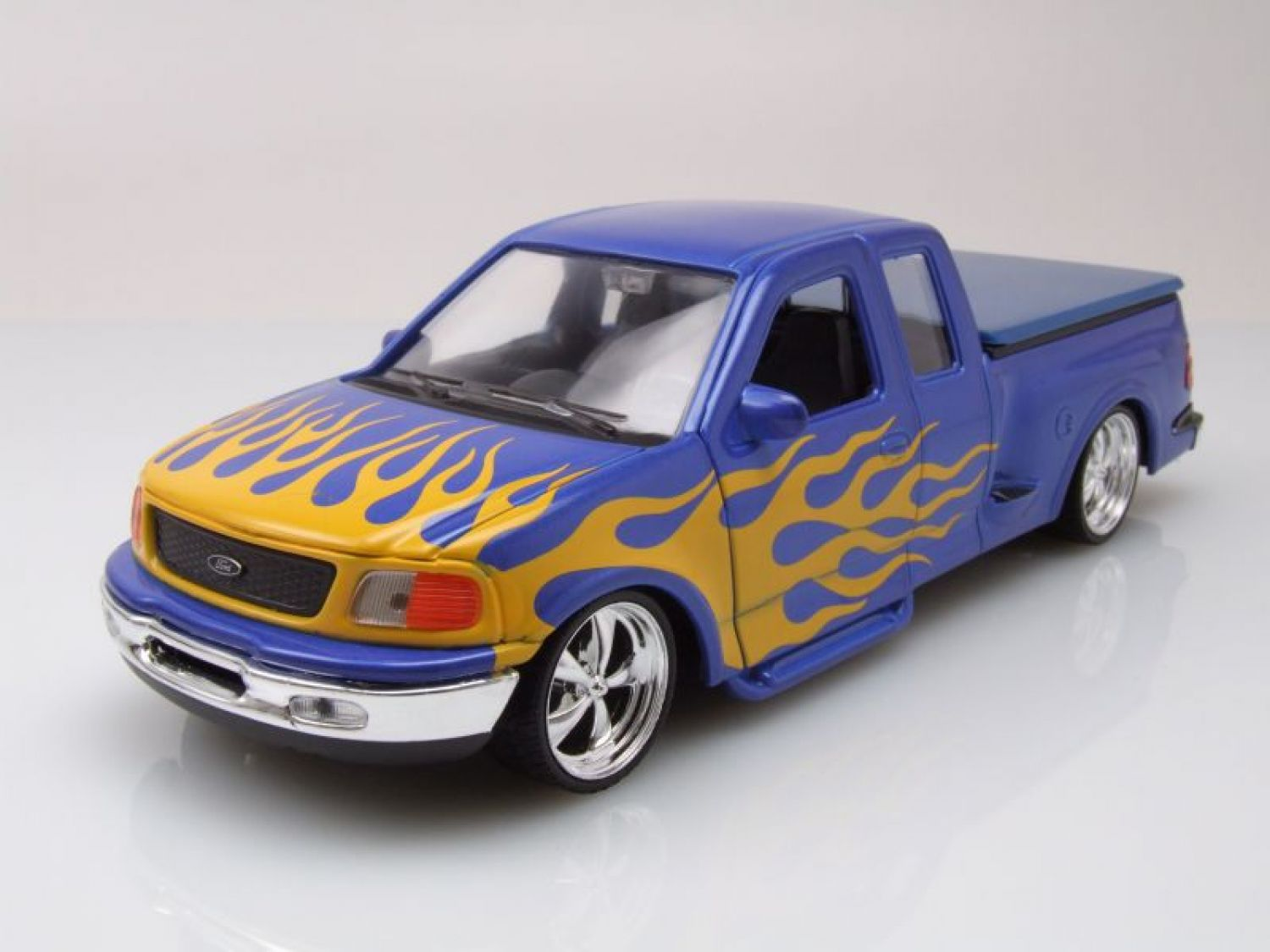 FORD f-150 Flareside Pick-up Lowrider 1998 azul, Coche a escala 1:24 ...