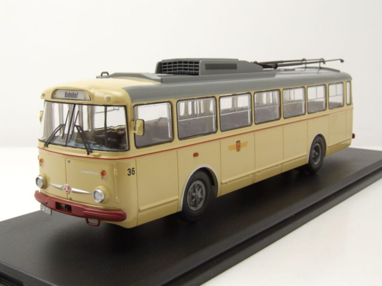 Skoda 9TR Bus Eberswalde Beige Coche a Escala 1:43 Premium Classixxs