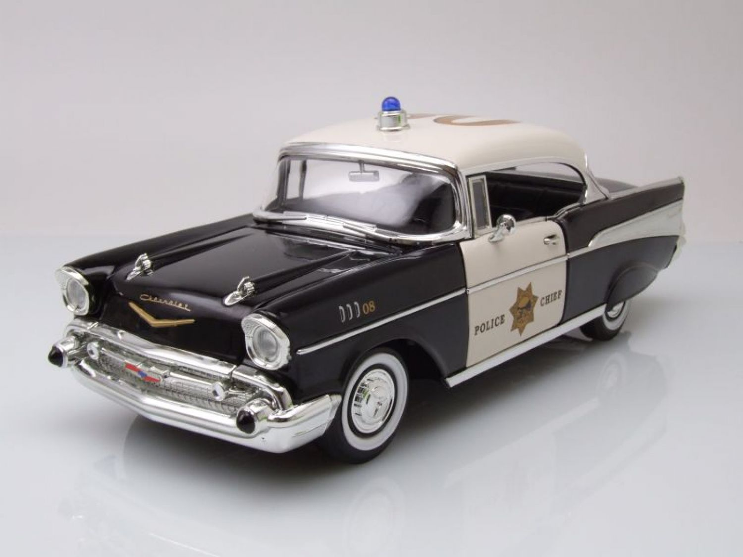 Chevrolet Bel Air Hardtop 1957 Police, Modellauto 1:18 / Lucky Die ...