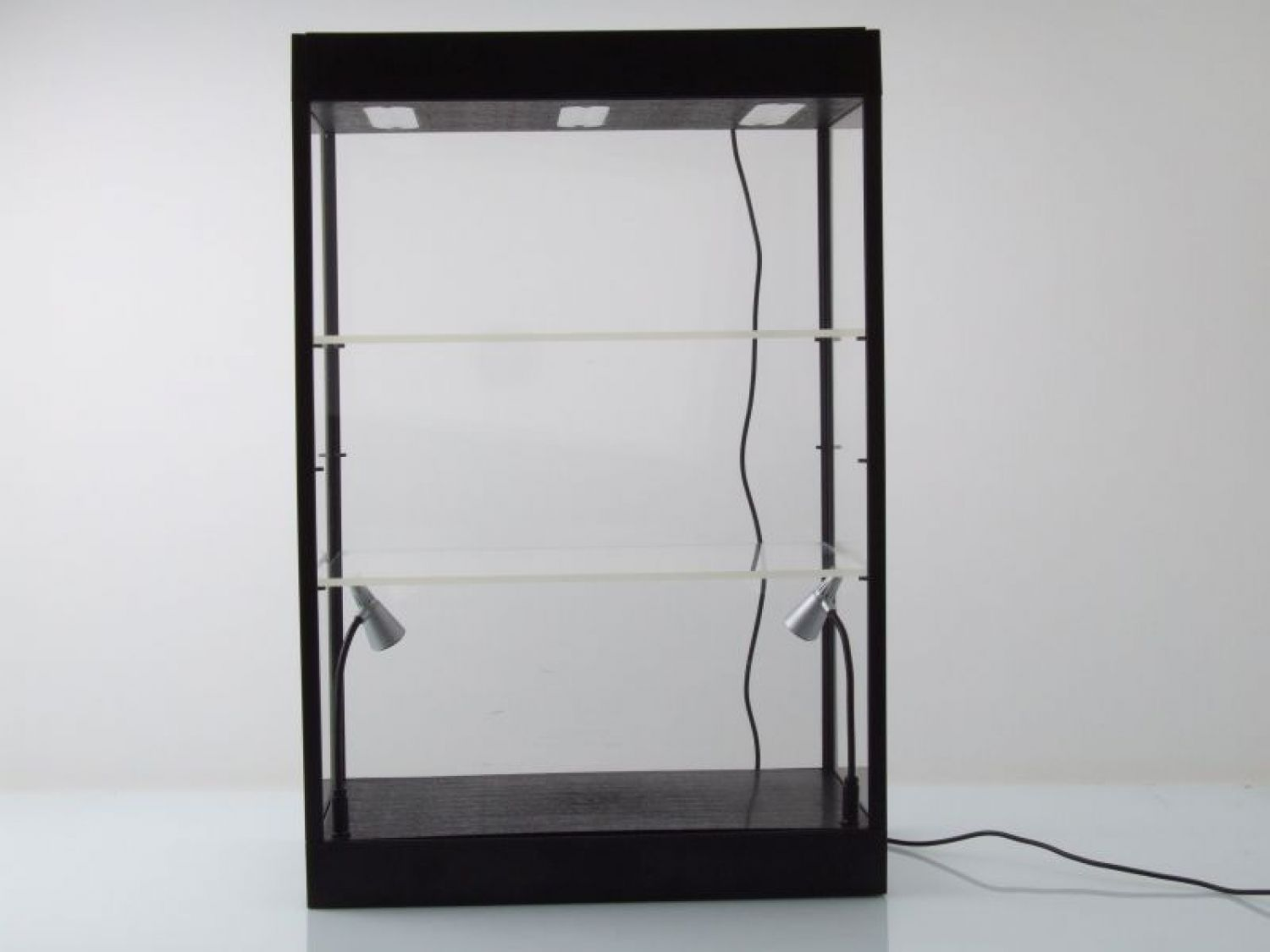vitrine mit led beleuchtung schwarz f r modellautos 5 led. Black Bedroom Furniture Sets. Home Design Ideas