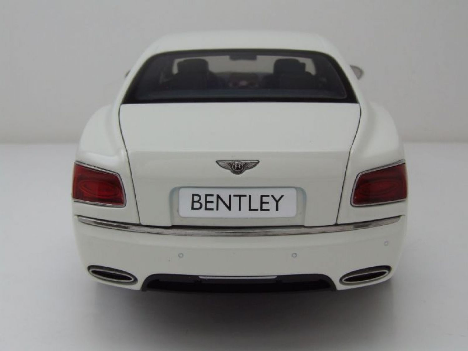 Bentley Flying Spur W12 2012 weiß Modellauto 1:18 Kyosho